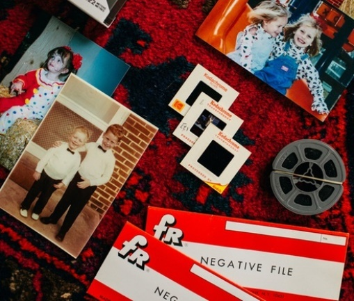 Legacy Box offers photo and film digitization services by mail - save 60% or more NOW via Groupon - and get those family memories scanned! Sale ends TOMORROW!